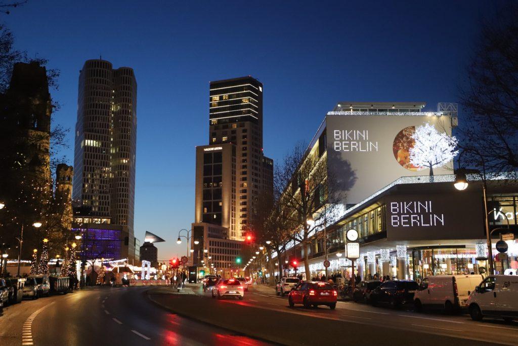 berlin nocą city west bikini berlin
